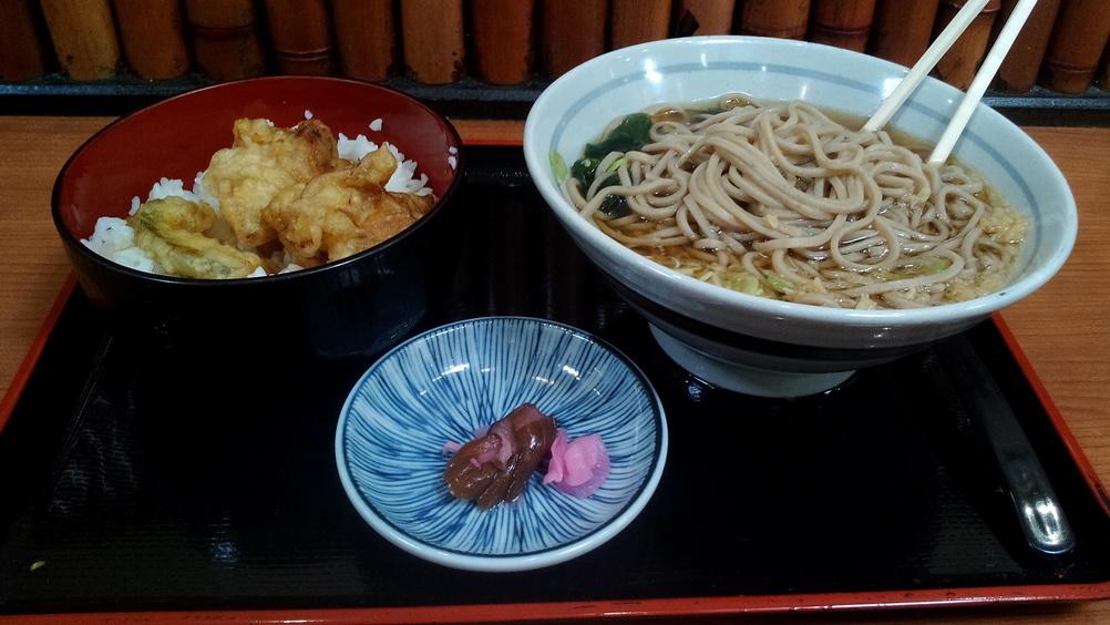 Mi primera comida en Japón