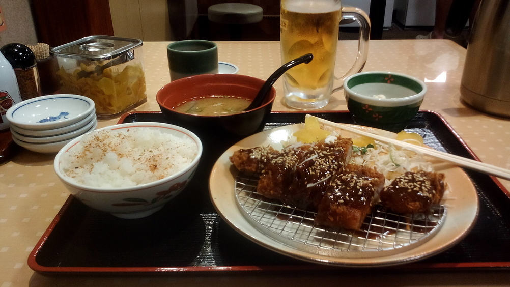 Mi cena por unos 700 yenes